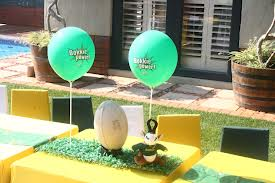 Kids Rugby party table